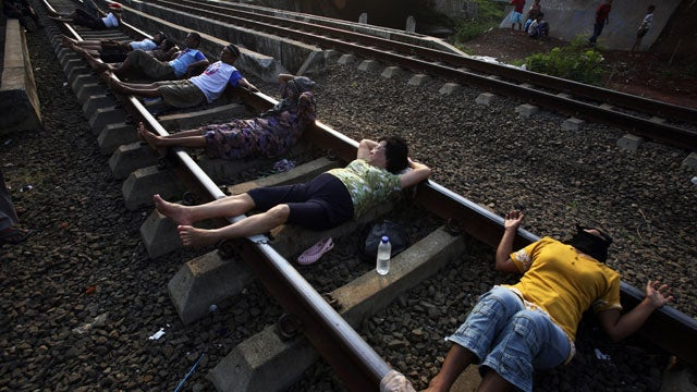 Train Track Therapy Is The Latest Health Craze In Indonesia