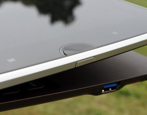 Asus Teases New Transforming Hinged Notebook/Tablet Combi