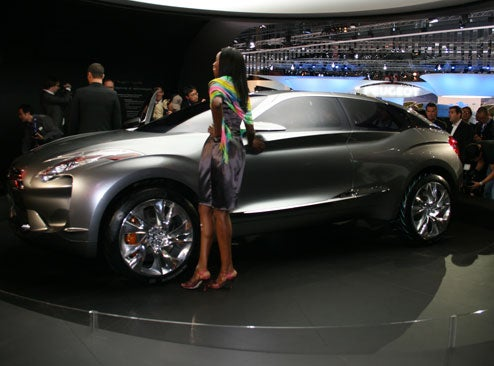 Citroen Hypnos: Yet Another Hybrid Crossover Concept Live From Paris