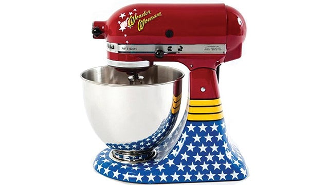 Want: Wonder Woman KitchenAid Mixer
