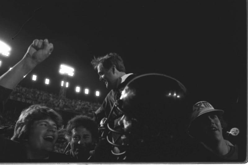 Legendary Steelers Coach Chuck Noll Dies At 82