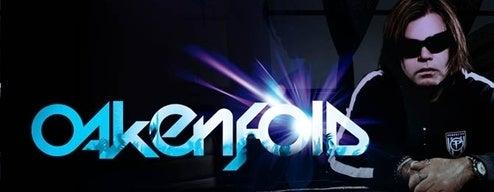 DJ Oakenfold Grabs A Gander At DJ Hero