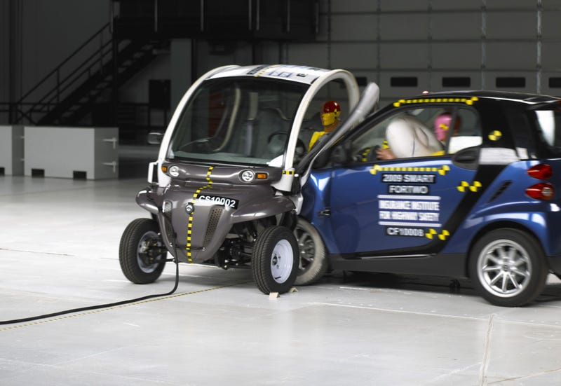 IIHS: Small Electric Cars And Minitrucks Suck In Crashes