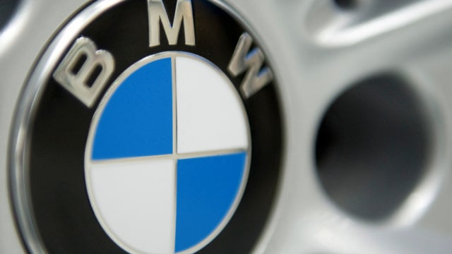 BMW M4 Spied, Fiat/Chrysler Revise, And China Gets Another Line