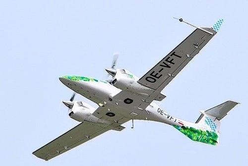 Half a Plane Flown Using Algae Juice