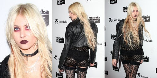With This Outfit, Taylor Momsen Demands Your Attention