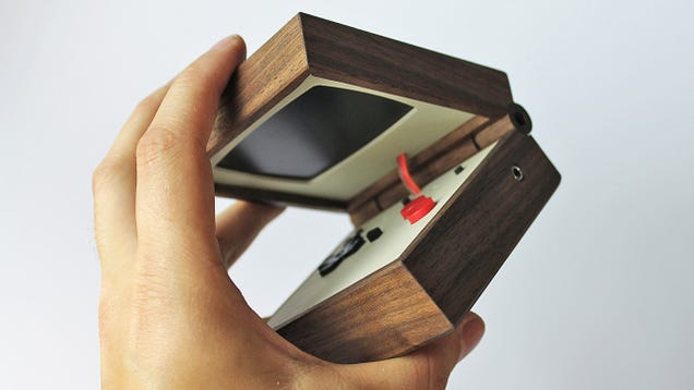 Portable Gaming Has Never Been as Beautiful as this Handheld Wooden Emulator