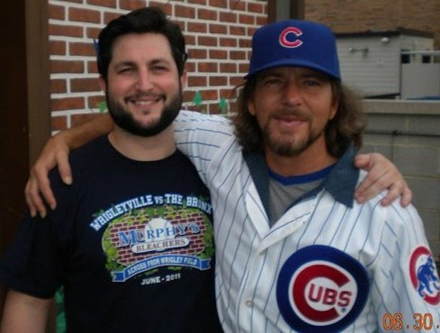 Pearl Jam Fan Notes: The Perks Of Bartending Near Wrigley When Eddie Vedder's In Town