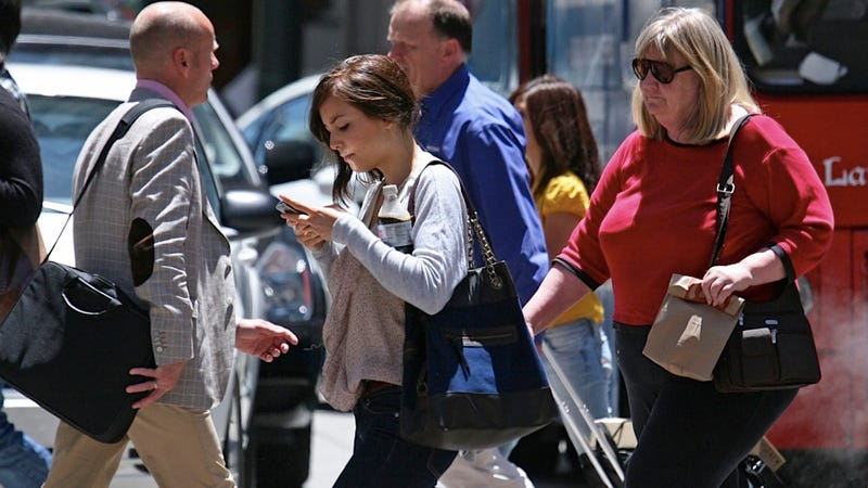Mobile Phones Find Creative New Ways to Maim Distracted Pedestrians