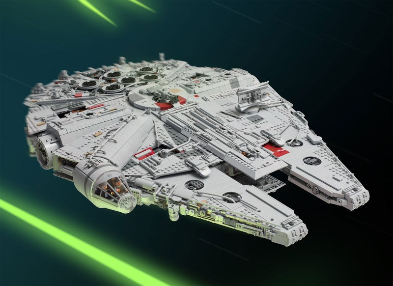 Star Wars Fan Spends A Year Building The Best LEGO Millennium Falcon Ever