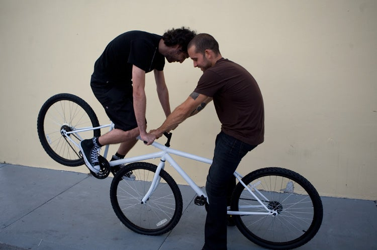See Saw Bicycle: Crashing is Only One of the Ways It Can Kill You
