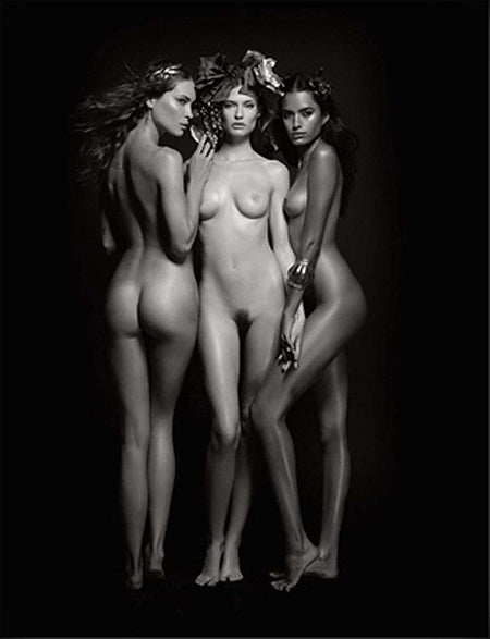 Lesbian Model Infiltrates World-Famous Nude Calendar [NSFW]