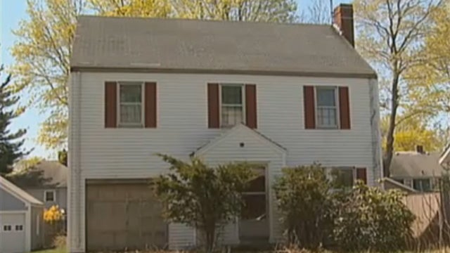 Damaged House Magically Calls 911 for Help