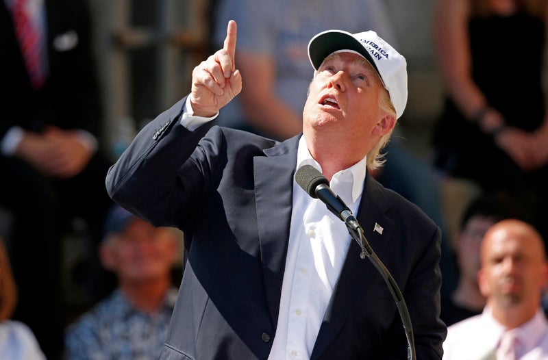 Donald Trump Points to the Heavens, Warns of Mexican Attack Planes