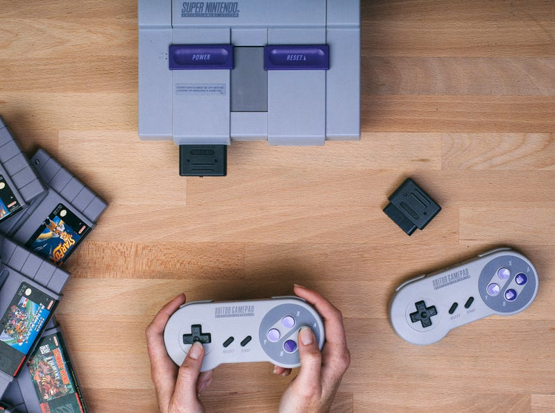 You Can Now Use Your Wireless Controllers With the Original Super Nintendo