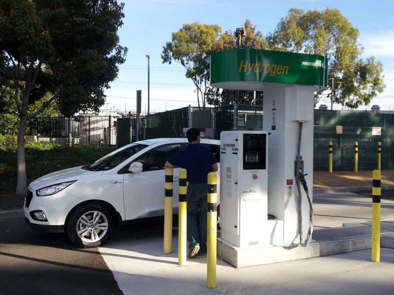 California Is Giving Preferential Treatment To Hydrogen Fuel-Cells Over Electric Cars--Why?
