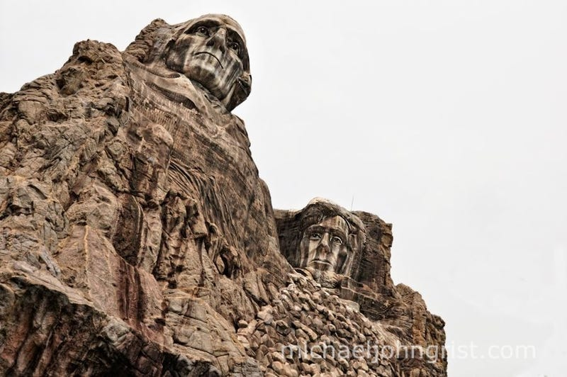 Japan's creepy cowboy theme park has a rotting Mount Rushmore and a John Wayne robot
