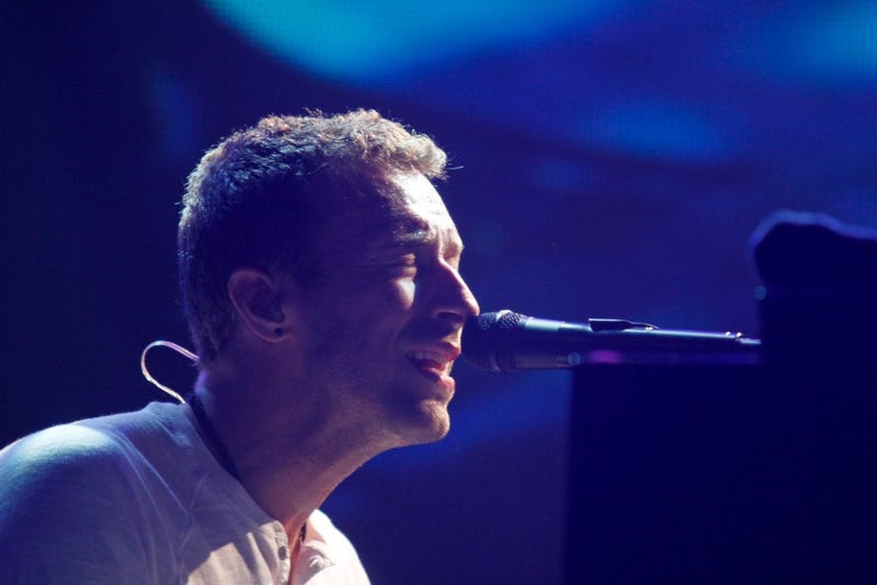 """Is Chris Martin Taking Responsibility for His """"Conscious Uncoupling""""?"""