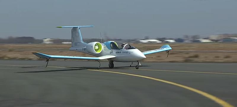 Airbus's Electric Airplane Prototype Is Eerily Silent in Flight