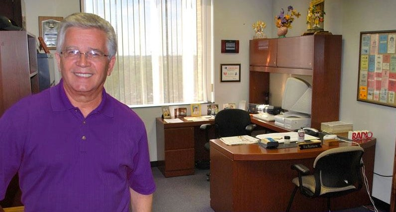 Meet Jim Hawthorne, LSU's Lovable Play-By-Play Man Who Gets Every Call Wrong