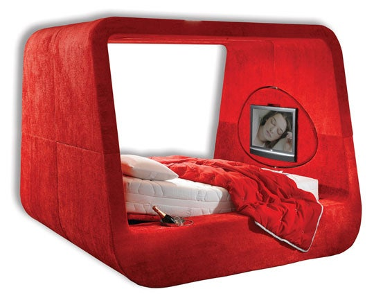 The Sphere Bed is For Lovers