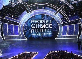 Watch The People's Choice Awards With Us Tonight