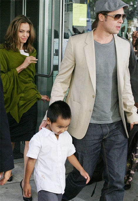 "Angelina Jolie's ""Peanuts"" Gallery Of Back-To-School Outfits"
