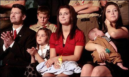 Sarah Palin's Eldest Daughter Is With Child