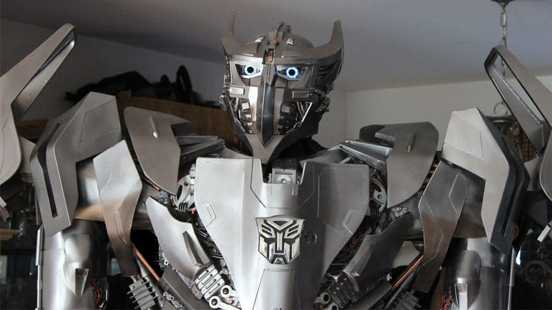 This Incredible Transformers Costume Totally Redeems Those Movies