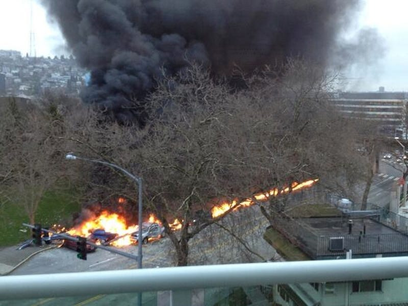 News Helicopter Crashes in Seattle, Killing at Least Two