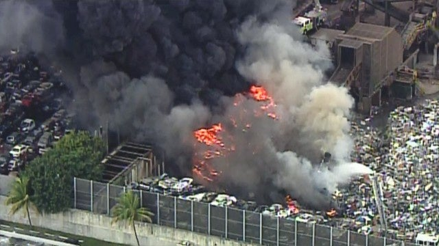 300 Cars Reportedly On Fire In Florida Junkyard