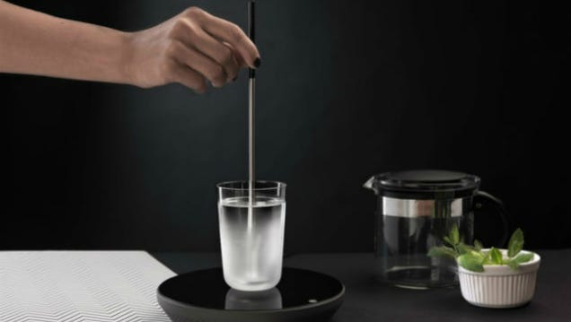 "This ""Kettle"" Rod Is a Brilliant Energy-Saving Way to Make Tea"