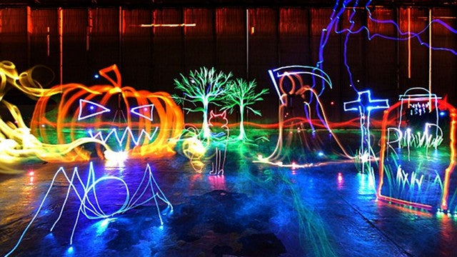 Arte de larga exposición o cómo fotografiar el mayor cuadro de luces del mundo