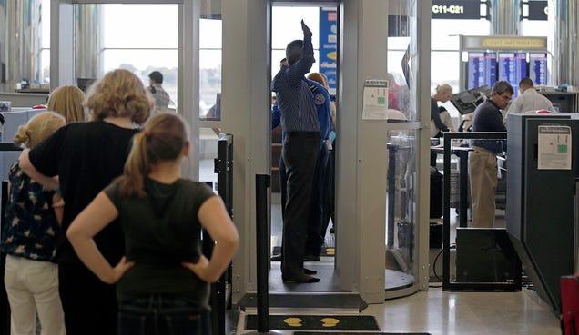 Demuestran lo fácil que es ocultar armas en escáneres de aeropuertos Teqdb72ikujwn4f6bbyn