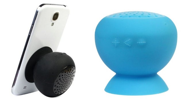 Deals: Electric Shavers for Father's Day, $6 In-Ears, Milk Frother