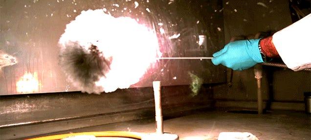 Aluminum Powder Fireballs Look Like Tiny Slo-Mo Supernovas