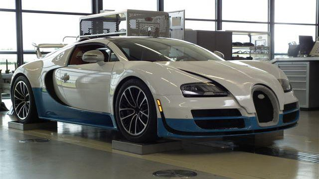 Bugatti of Beverly Hills Rivals 1,000 Horsepower McLaren With Custom Veyron