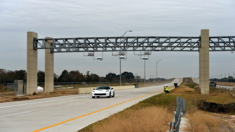 Watch Hennessey's 2014 Corvette Hit 200 MPH, Test Texas's Toll System