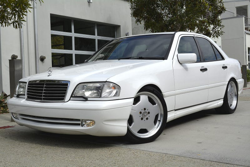 I'm absolutely in love with this swapped C43 AMG