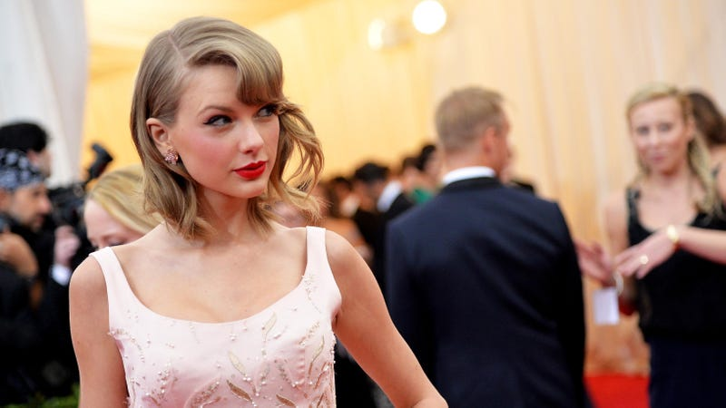 Crazed Fans Attack Taylor Swift's House with Bottles