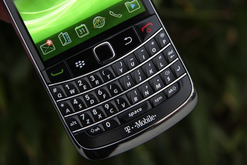 BlackBerry Bold 9700 Impressions: Small and Chirpy, Like a Black Hummingbird