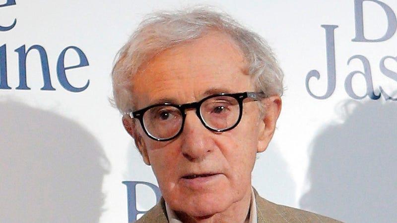 Vigilante Broadway Attendee Heckles Woody Allen