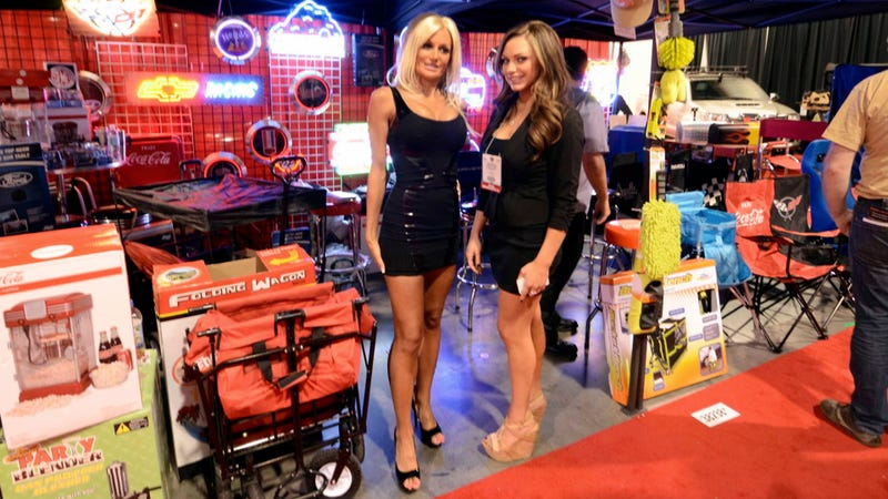 This Is Your SEMA Booth Professionals Mega Gallery, Part 2