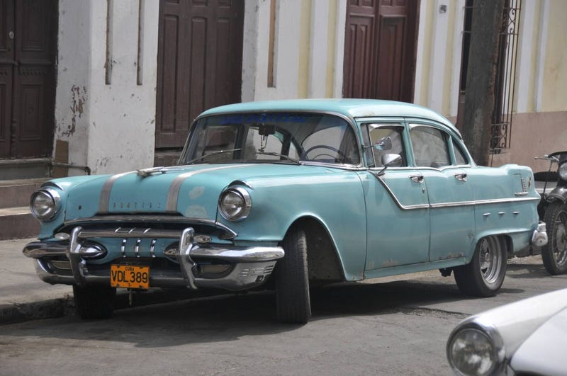 Even More Old Cars Down On The Cuban Street