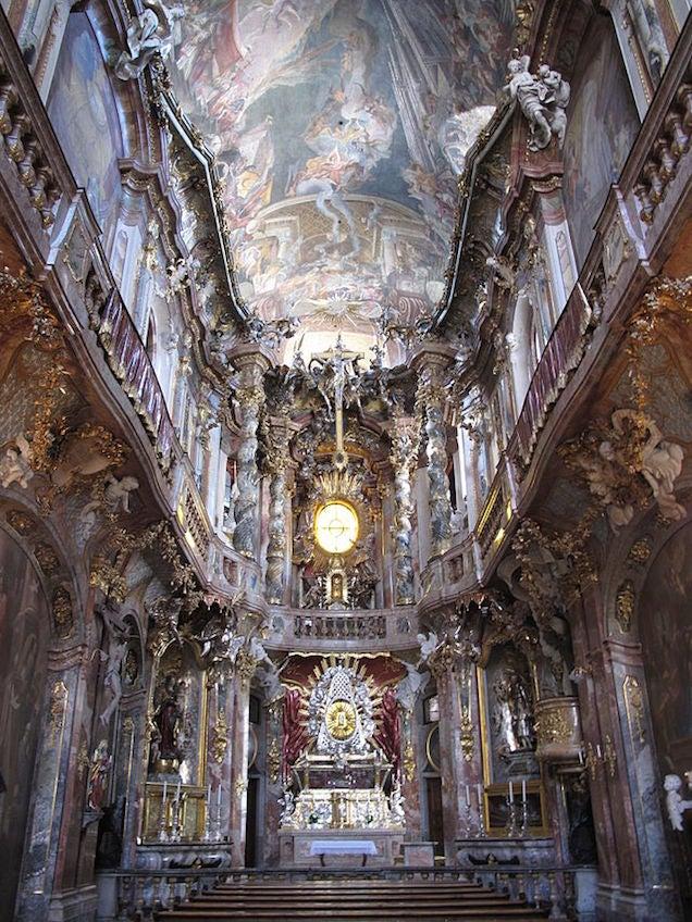 Akartam írni egy rendes posztot arról, hogy nagyon bírom a templomokat