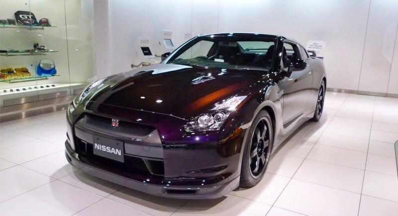 Nissan GT-R SpecV: First Live Shots!