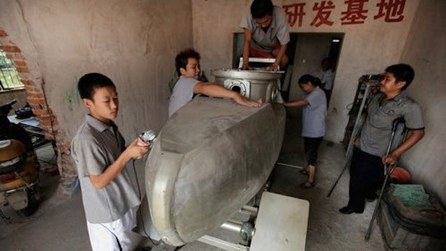 Homemade Submarines Are Being Made By a Man in China