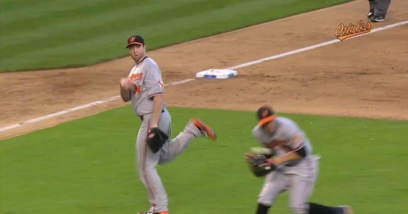 Scott Feldman Throw Nearly Decapitates Manny Machado