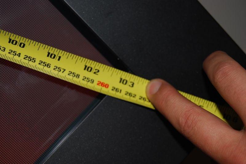 Giz Plays With Tests the 103-Inch Panasonic Plasma (Verdict: Duuuuuhhhh)
