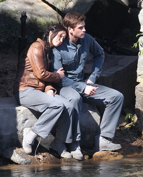 Check out revealing set photos for Mockingjay and Game of Thrones!